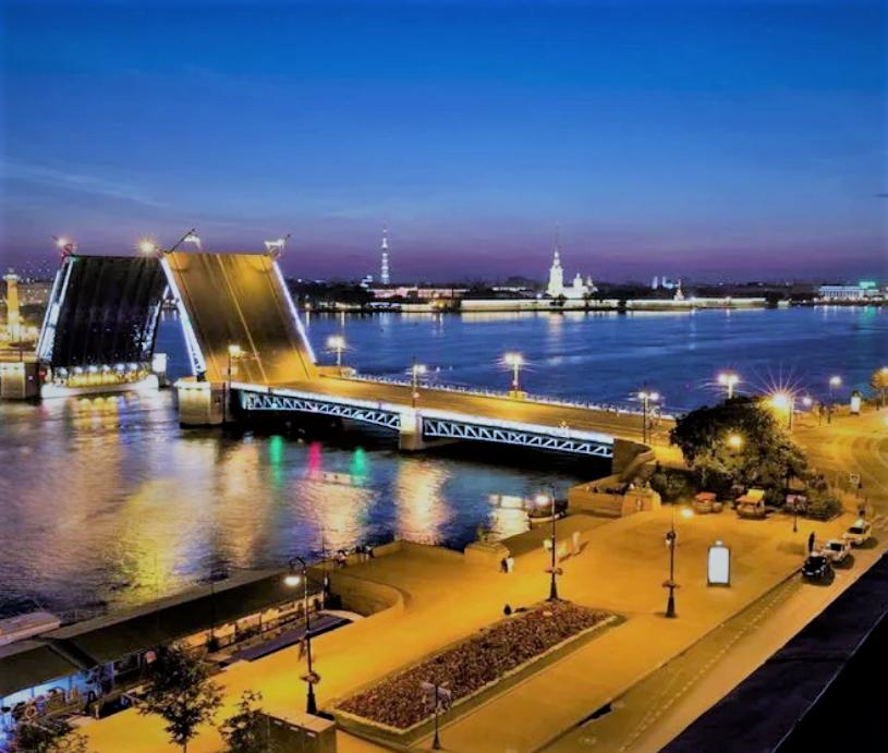Эксурсии по крышам Петербурга